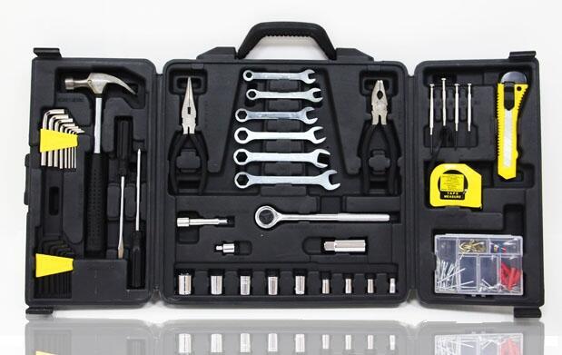 Caja de herramientas de 136 piezas