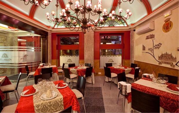 Noche para dos personas y cena en El Escorial