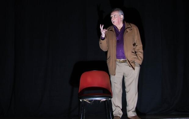 Teatro: El Cianuro ¿solo o con leche?