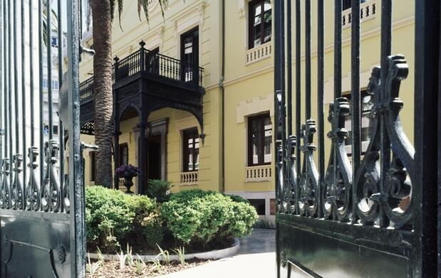 Alojamiento,cena y  spa en un 5 estrellas en Granada