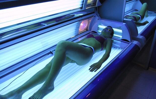 Manten tu moreno: 6 sesiones de rayos UVA