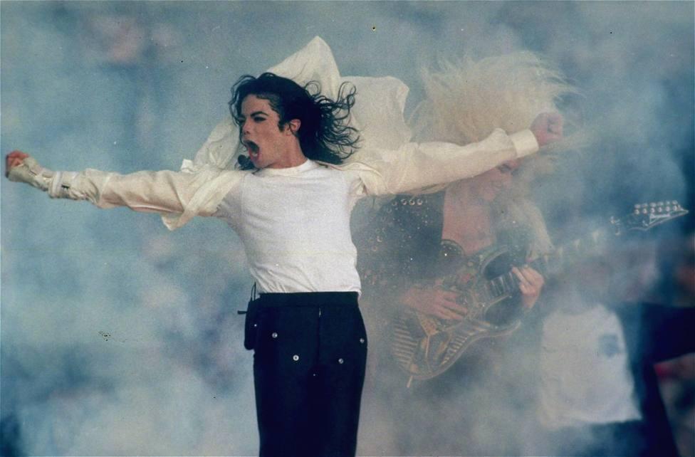 Michael Jackson -0332ZYVF.jpg-