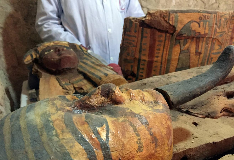 Una misión de arqueólogos egipcios descubrió una tumba casi intacta de un alcalde de la antigua cuidad de Luxor (sur) de la dinastía faraónica XVIII (1.550-1.295 a.C.)