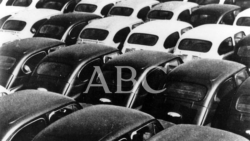 27/06/1957. Comienza la fabricaci�n del Seat 600 en Espa�a. Ten�a un precio de 65000 pesetas de la �poca