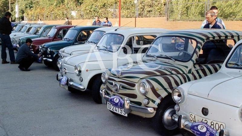 Legan�s (Madrid). 01/10/2000. M�s de 150 Seat Seiscientos se reunieron en la VII concentraci�n nacional