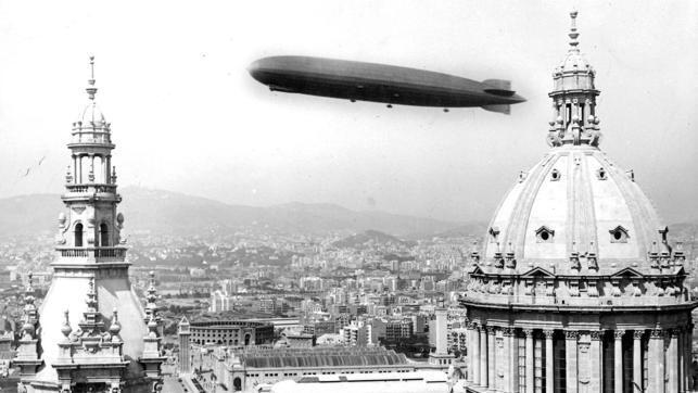 El Conde Zeppelin en Barcelona en la Exposición Internacional