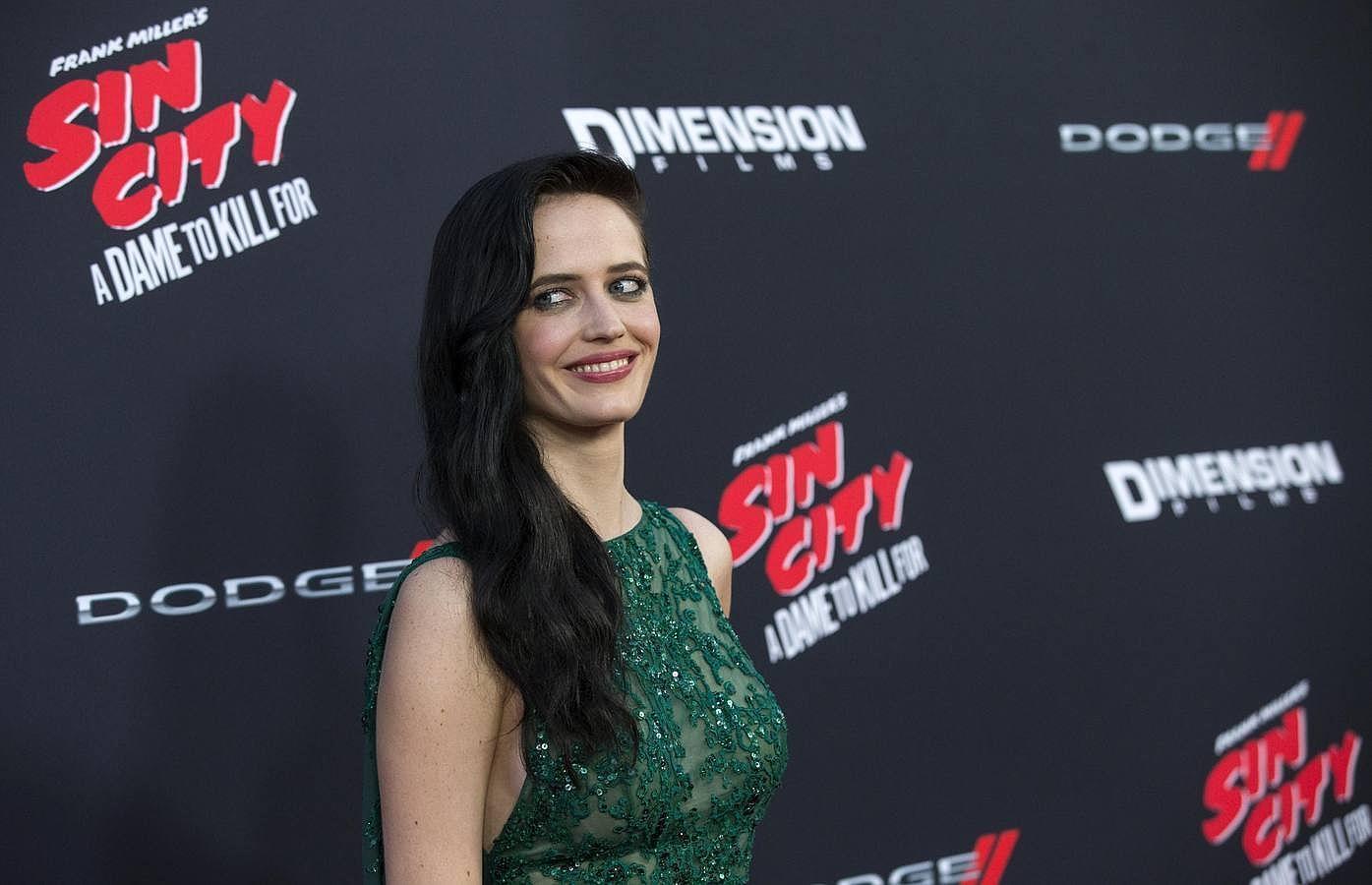 Eva Green calienta la alfombra roja de «Sin City 2»
