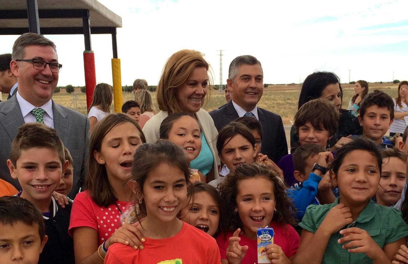 Cospedal inaugura el inicio del curso escolar en Ciruelos