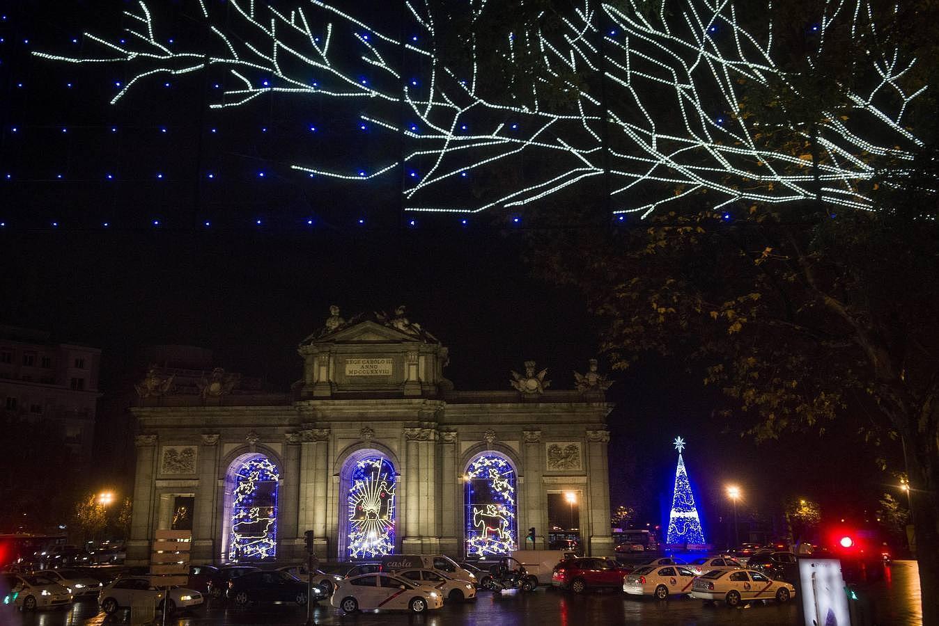 Madrid se ilumina con la Navidad
