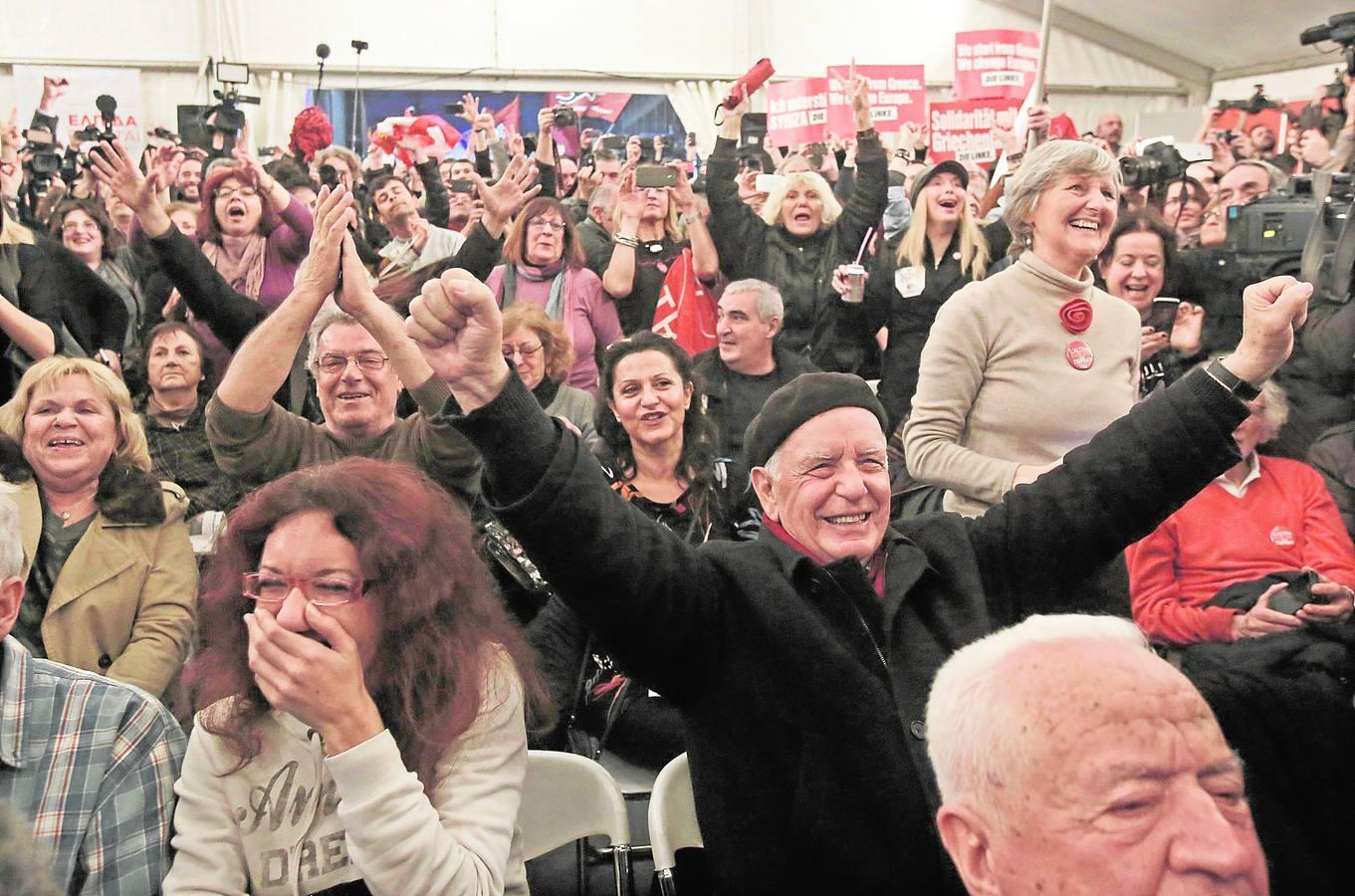 La alegría se apodera de las sedes de Syriza