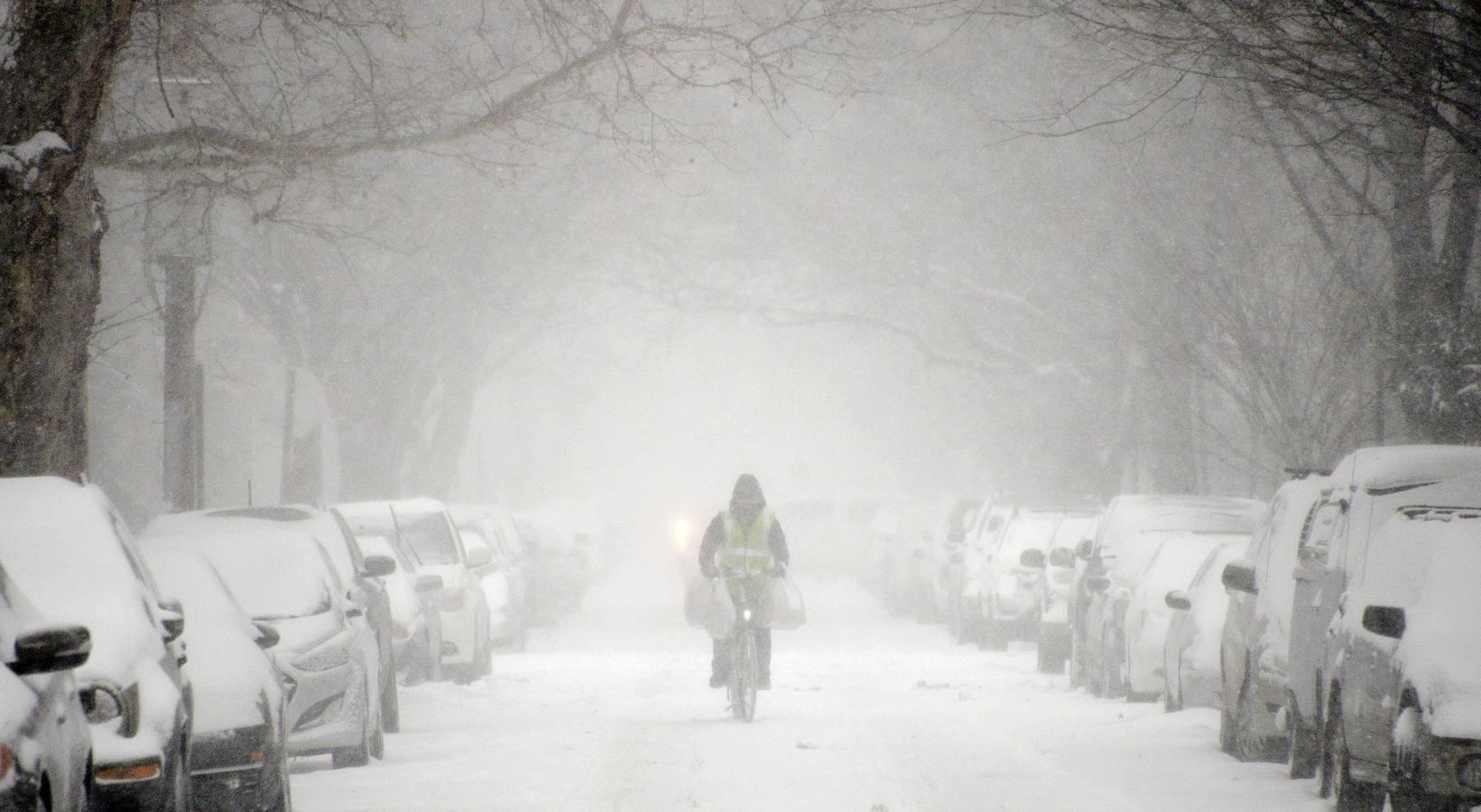 Las imágenes de la tormenta de nieve histórica en Nueva York