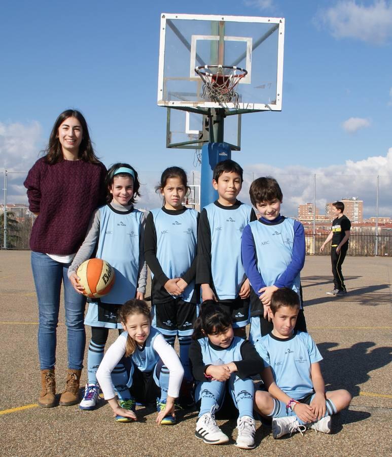 Baloncesto: San Viator vs Jesús Maestro A