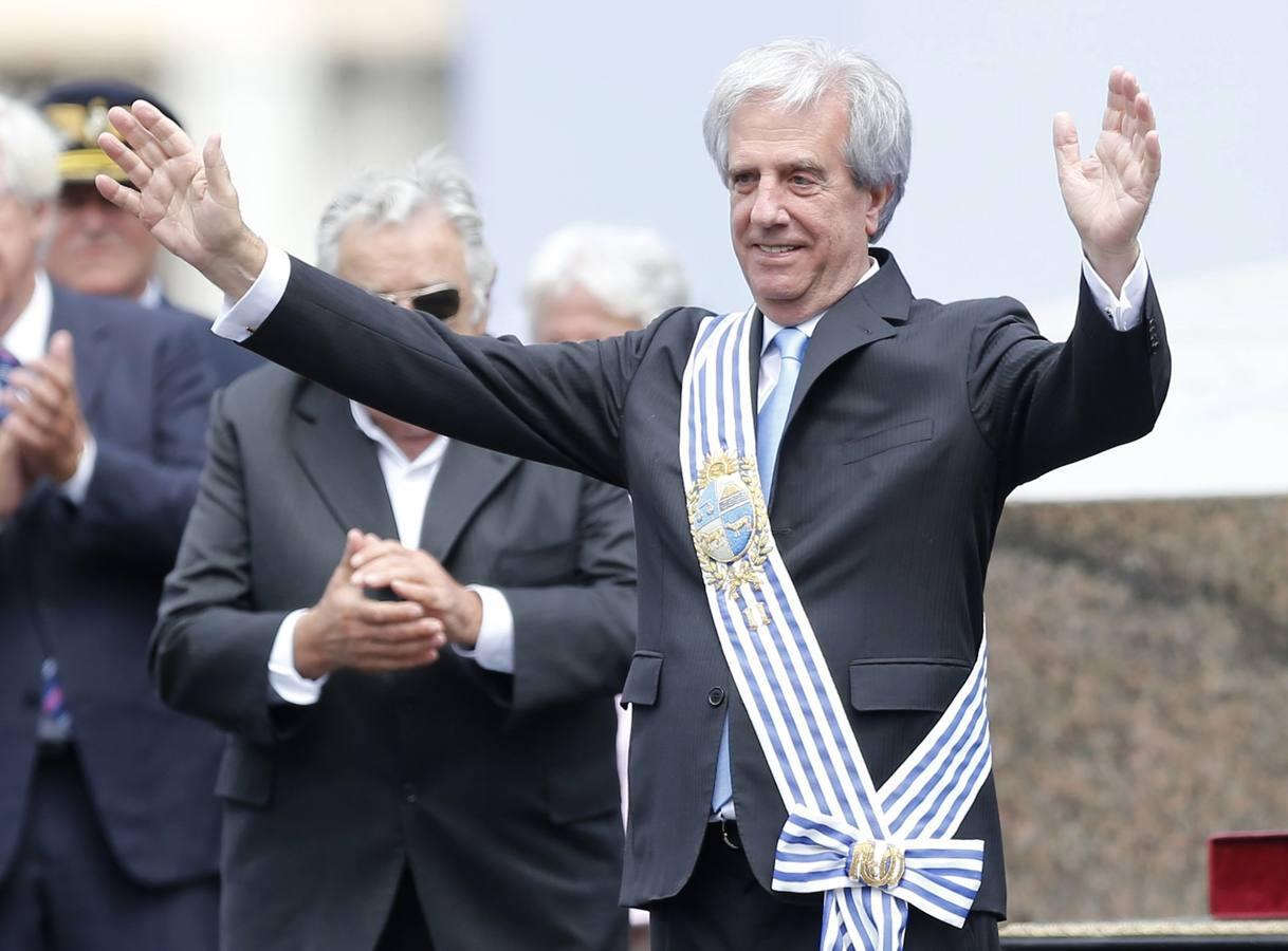 Así ha jurado Tabaré Vázquez su segundo mandato como presidente de Uruguay