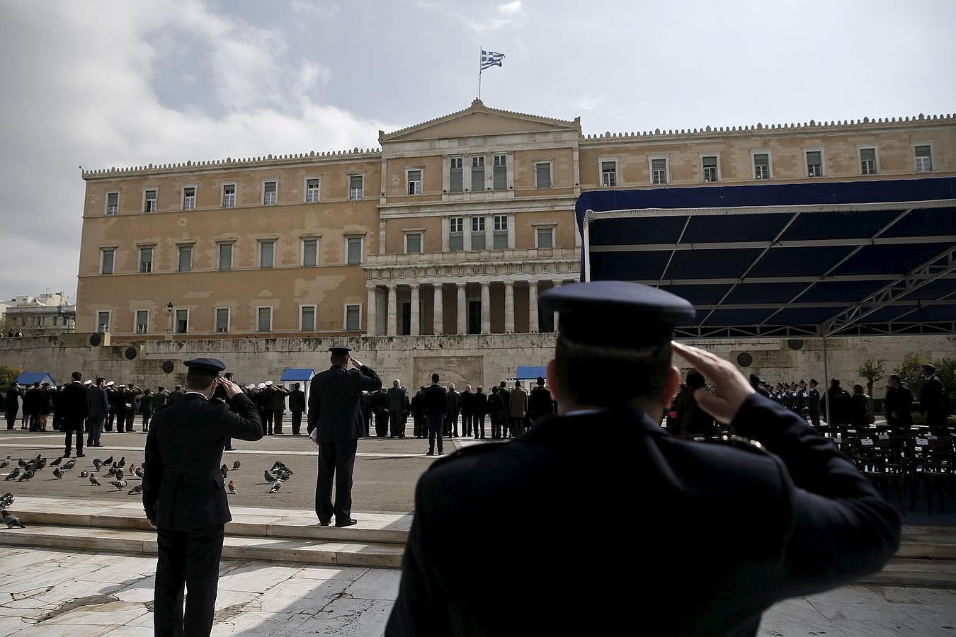 En imágenes: Grecia vive su primer desfile militar bajo el Gobierno izquierdista de Syriza