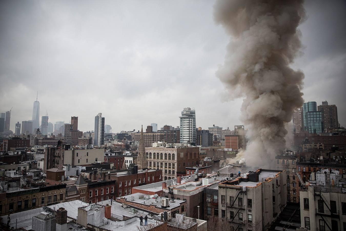 En imágenes: La explosión de un edificio en pleno corazón de Manhattan