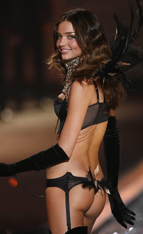 Los posados más sensuales de Miranda Kerr