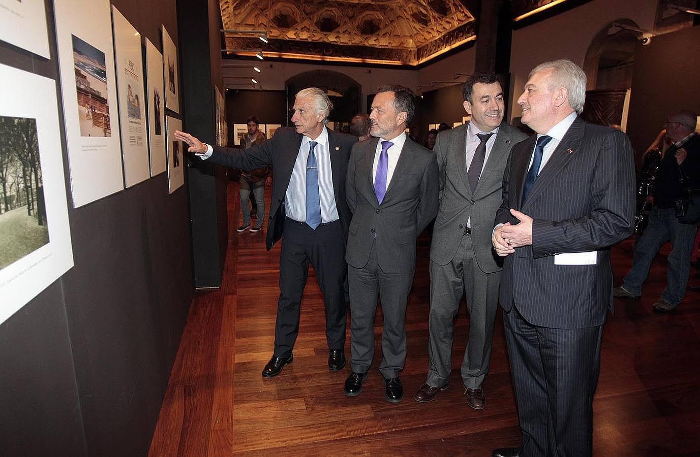 La exposición fotográfica de ABC recala en Compostela