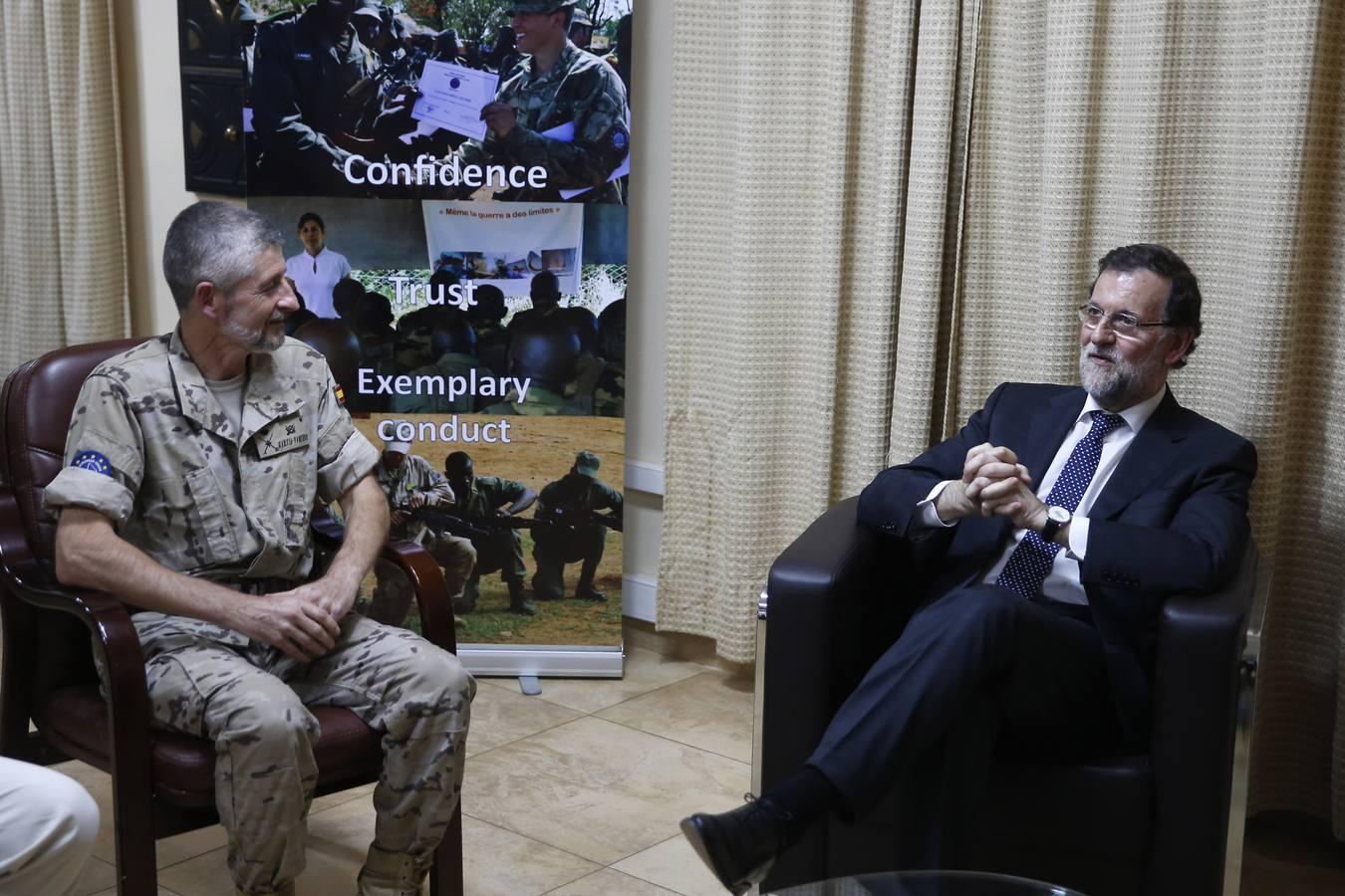 El viaje de Rajoy a Mali, en imágenes