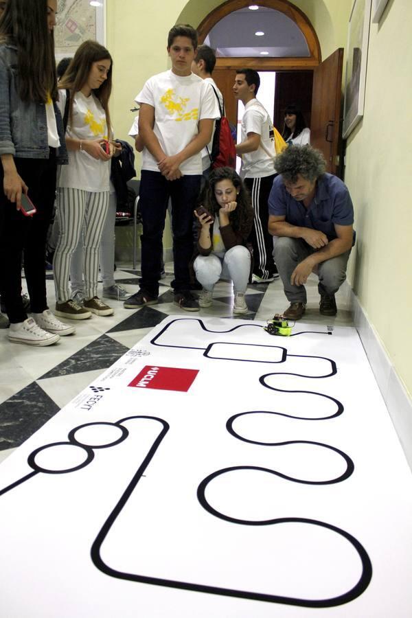 La competición de robots de la UCLM, en imágenes