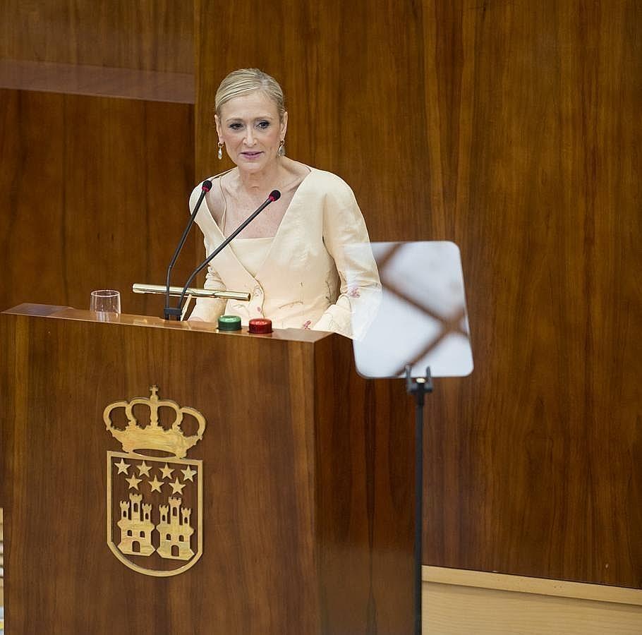 El discurso de investidura de Cristina Cifuentes, en imágenes