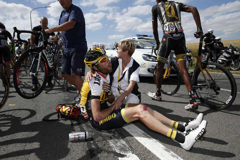Las imágenes más impactantes de la caída del Tour