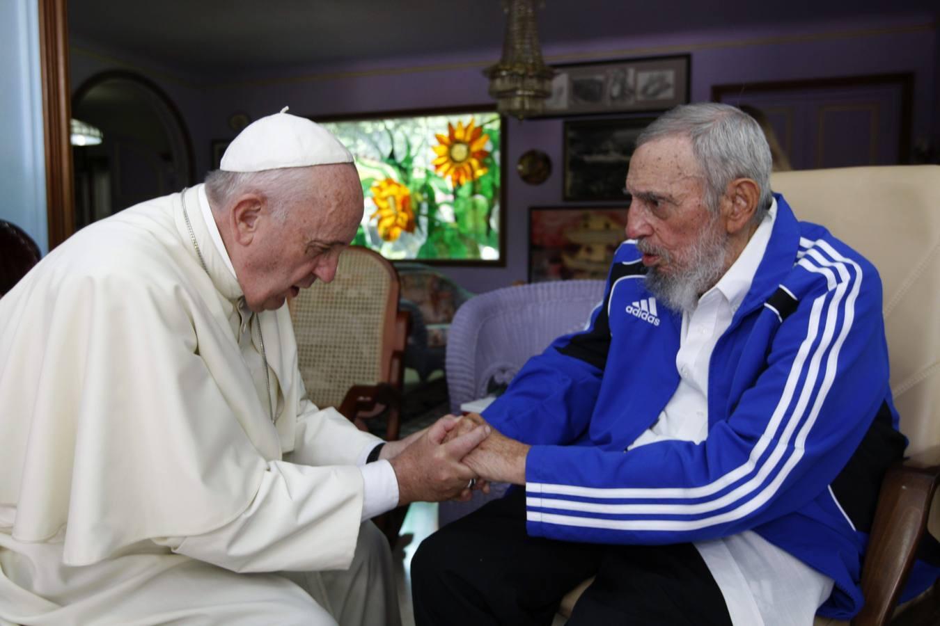 Las fotos del encuentro del Papa con Fidel Castro