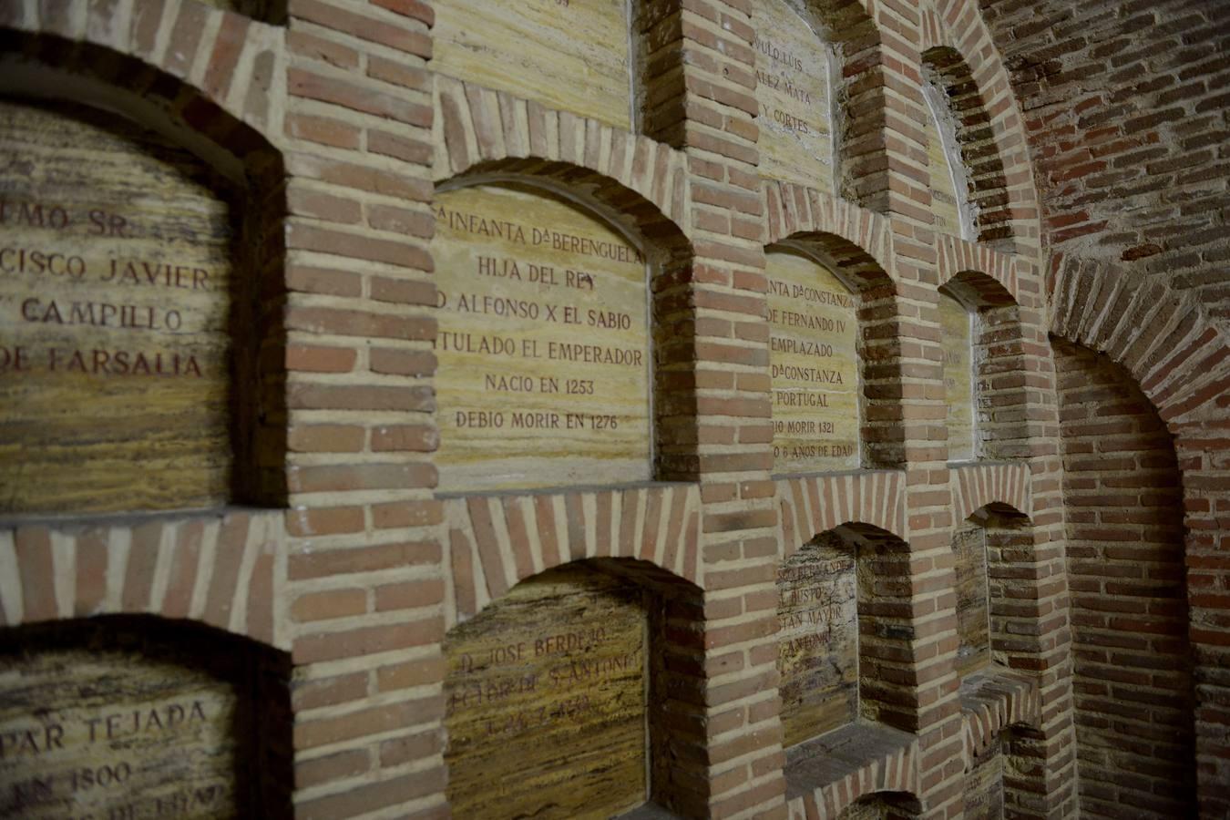 El interior de la iglesia de San Antonio de los Alemanes, en imágenes