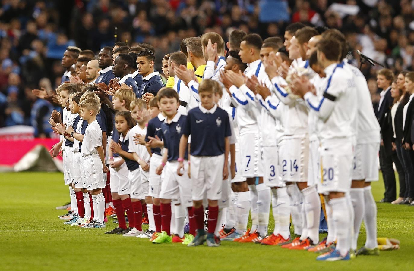El homenaje del Inglaterra-Francia, en imágenes