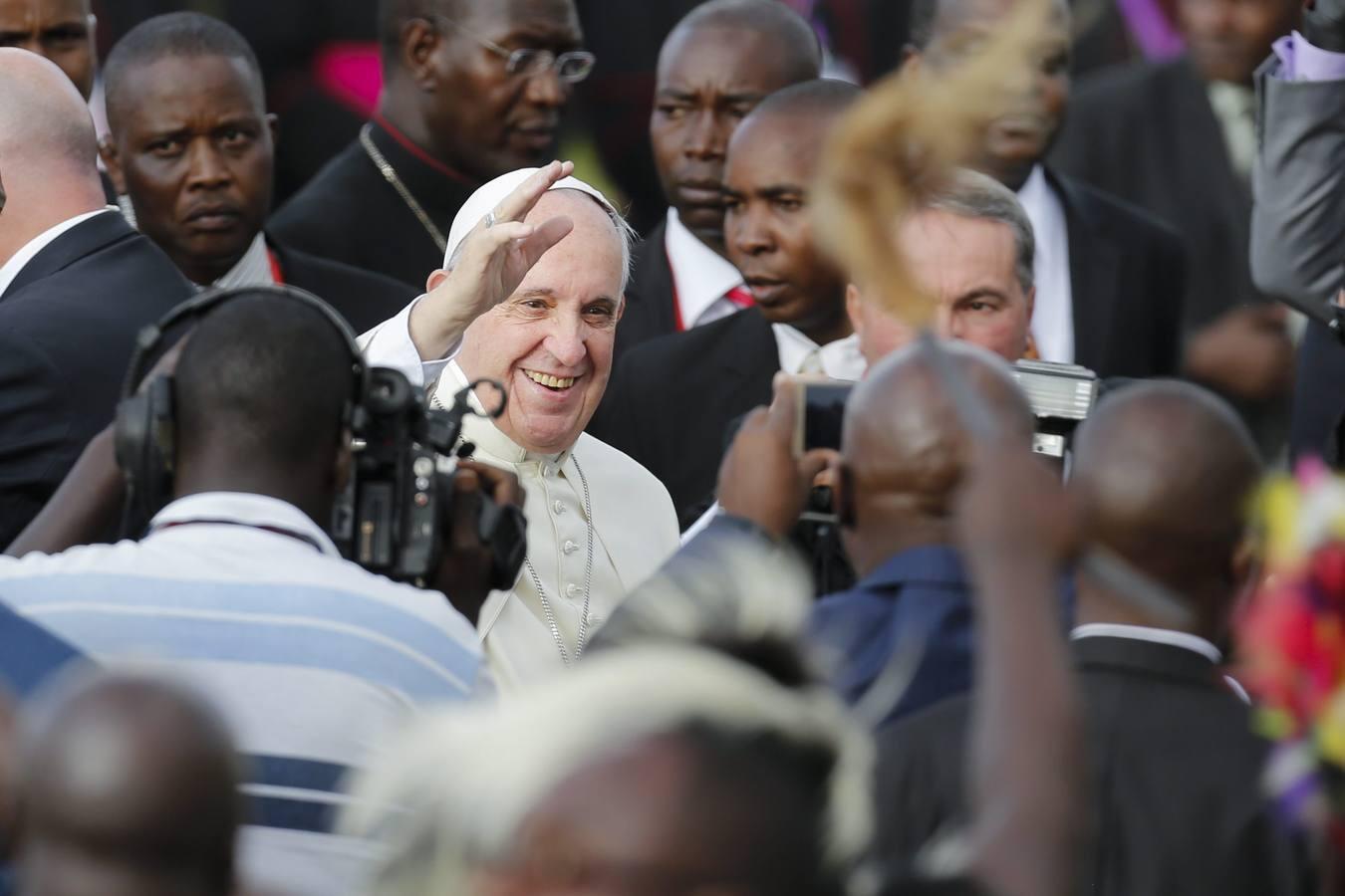 Las mejores imágenes del viaje del Papa Francisco a Kenia