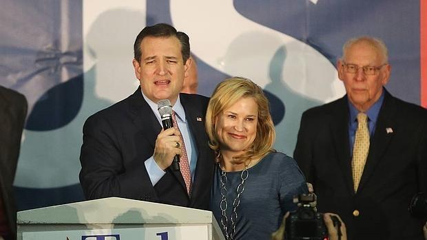 En imágenes: La noche de los candidatos en los caucus de Iowa