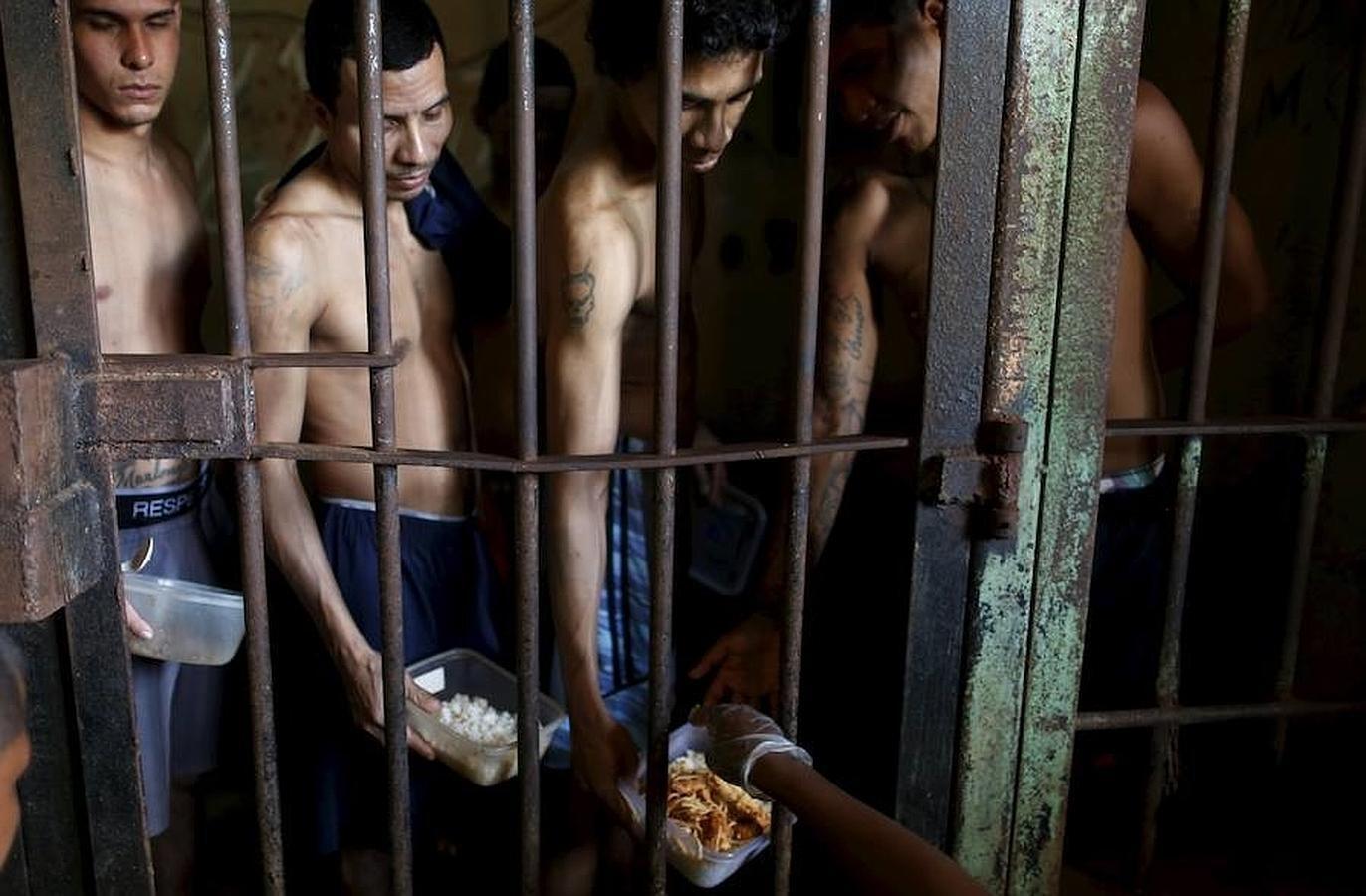 Presos de la prisión de «La Joya»