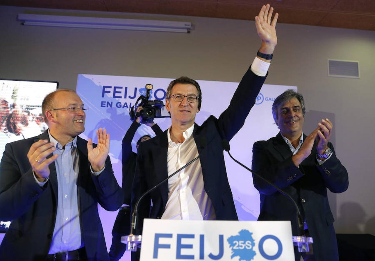 Las imágenes que deja la noche electoral en Galicia