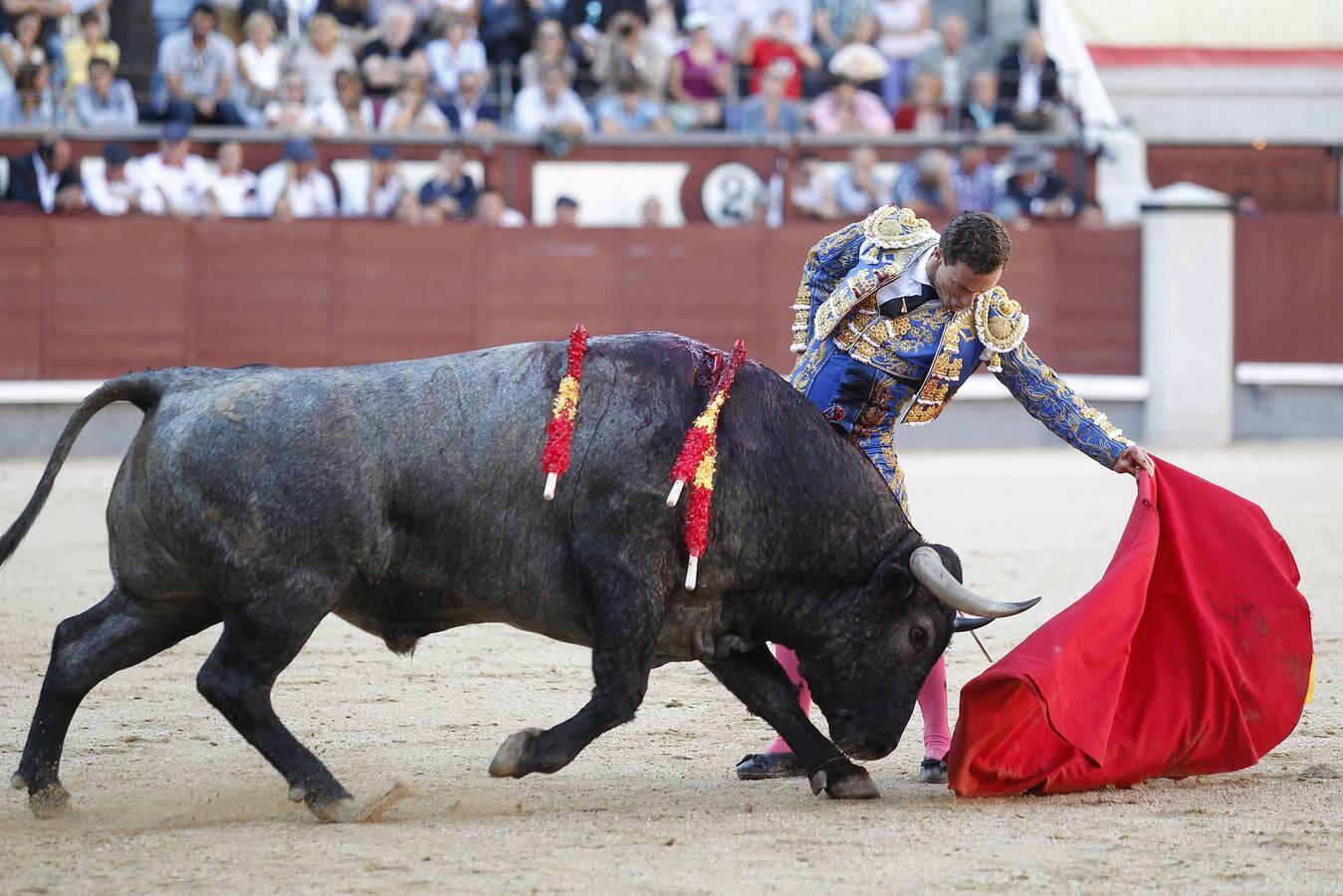 La corrida de Adolfo Martín en Madrid, en imágenes