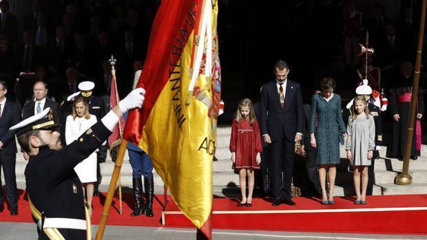 El primer acto político de la Infanta Sofía y la Princesa Leonor