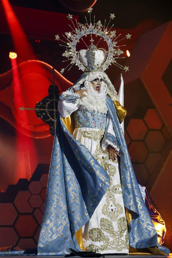 La transgresora apuesta de la Gala Drag Queen de la capital grancanaria ha desatado la polémica y ha sido considerada un ataque a la Iglesia.