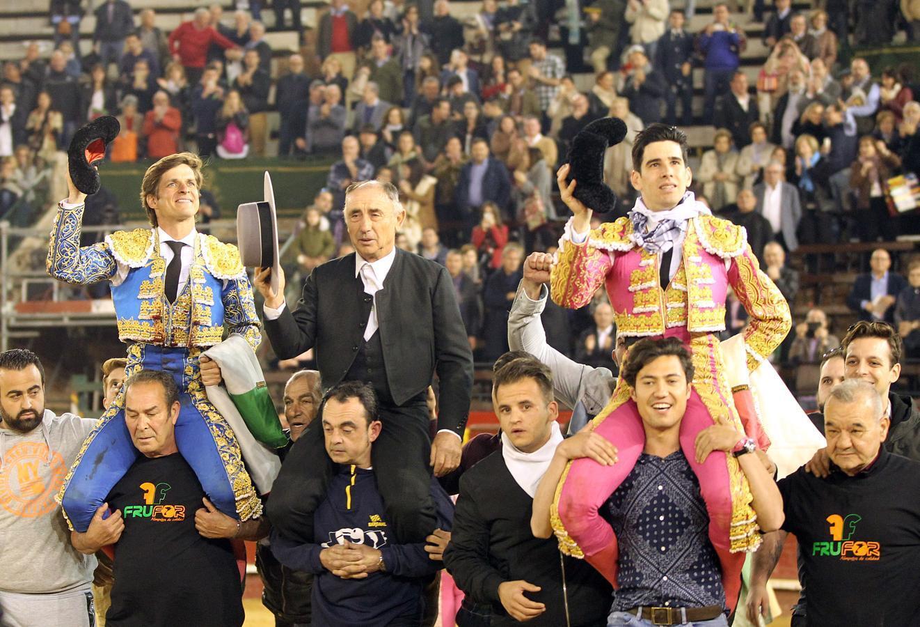El Juli, el mayoral de Domingo Hernández y López Simón, a hombros