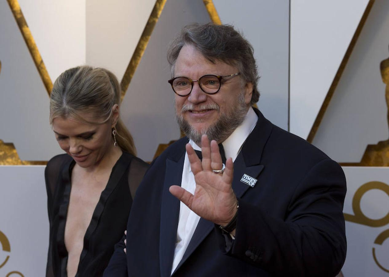 Guillermo del Toro, favorito a mejor director, con la chapa de Times Up