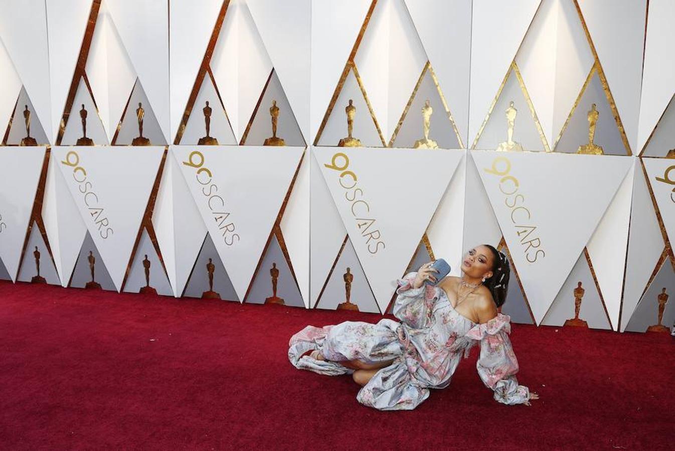 Andra Day, una de las que más ha llamado la atención en la alfombra roja