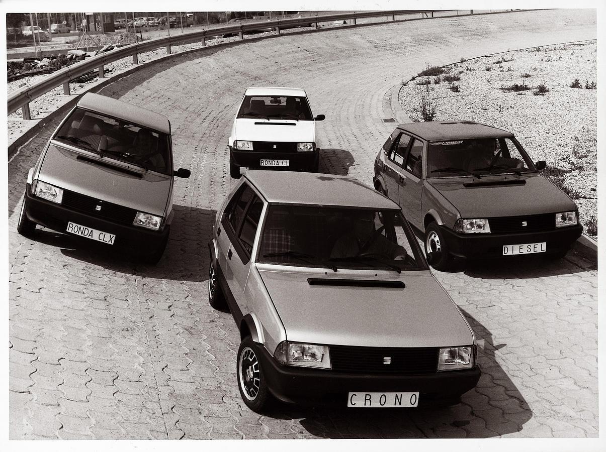 El Ronda fue el primer SEAT con nombre español. Se fabricaron 177.900 unidades entre 1982 y 1986. Su precio partía de 629.100 pesetas