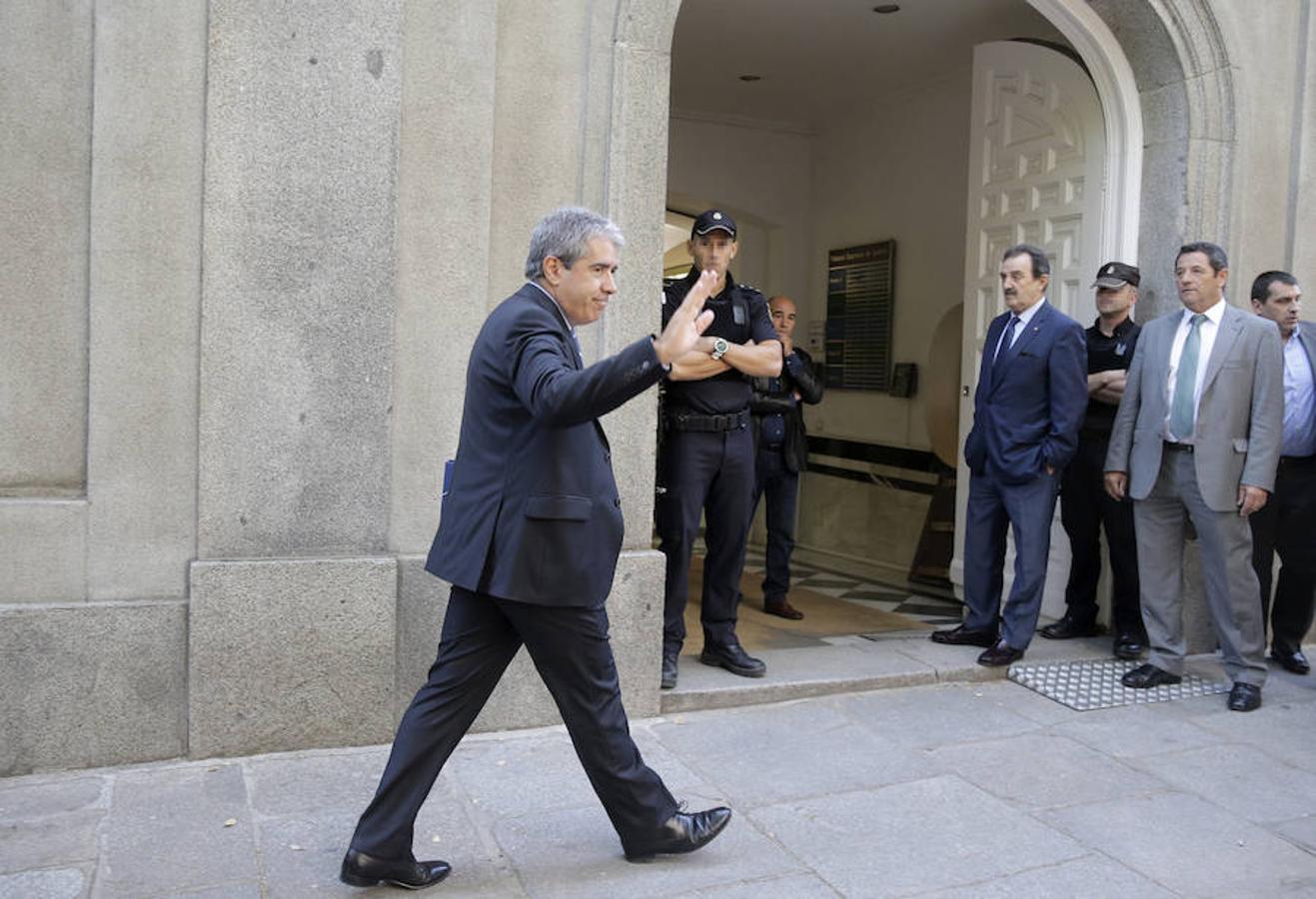 El exconseller Francesc Homs a su llegada al Tribunal Supremo donde ha declarado esta mañana como investigado por su papel en la consulta soberanista del 9N