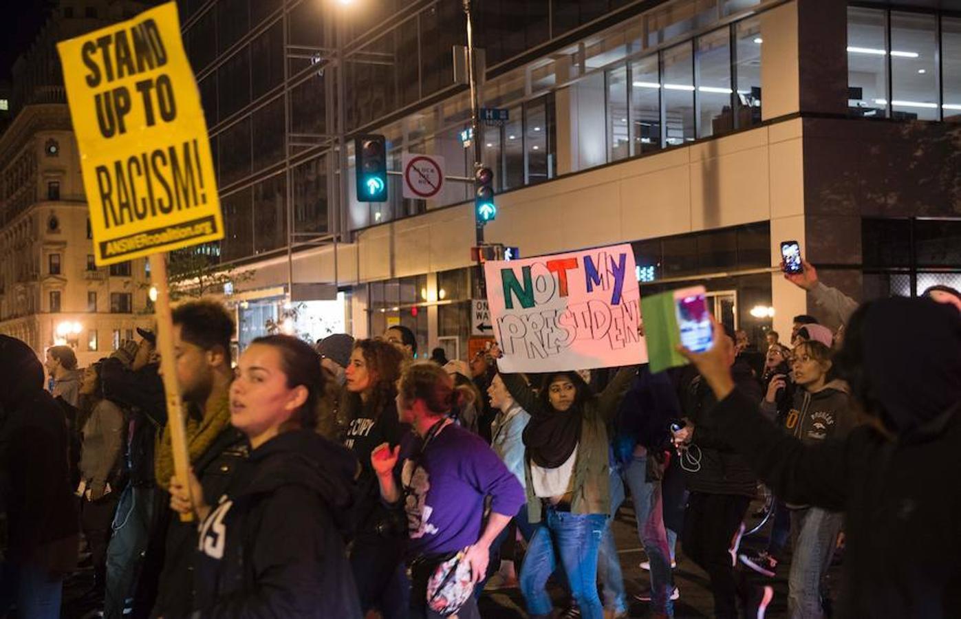 Washington también acoge protestas contra la elección del nuevo presidente de Estados Unidos