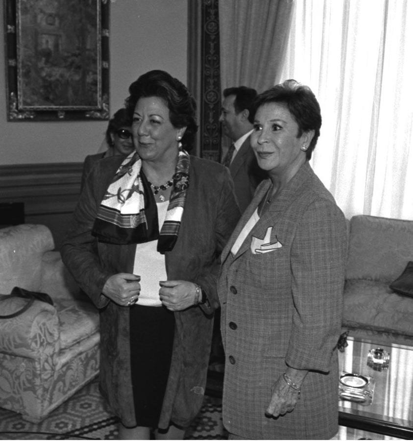 Rita Barberá junto a la actriz Lina Morgan