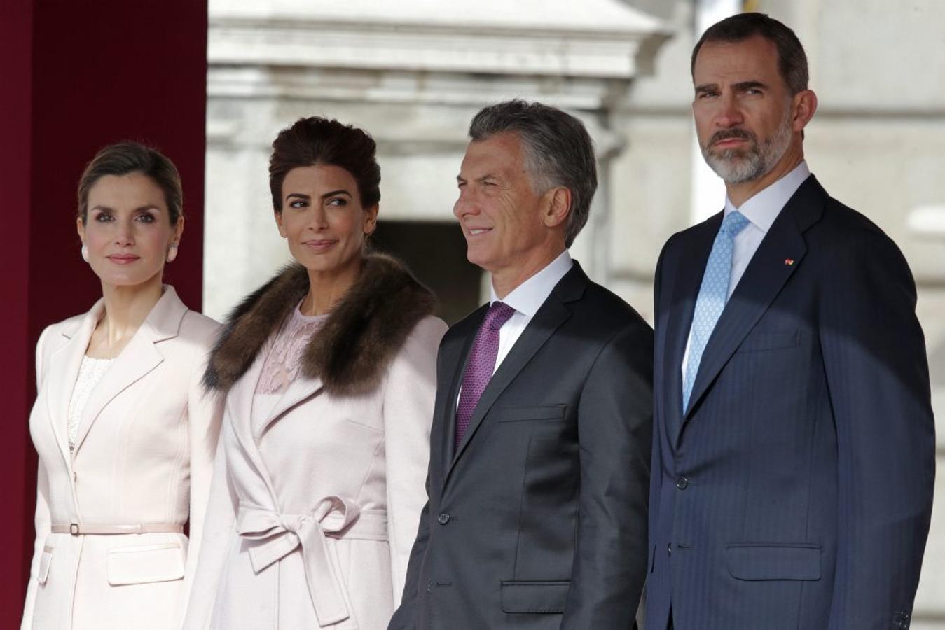 El Rey Felipe VI y la Reina Letizia reciben al presidente de Argentina, Mauricio Macri, en Madrid