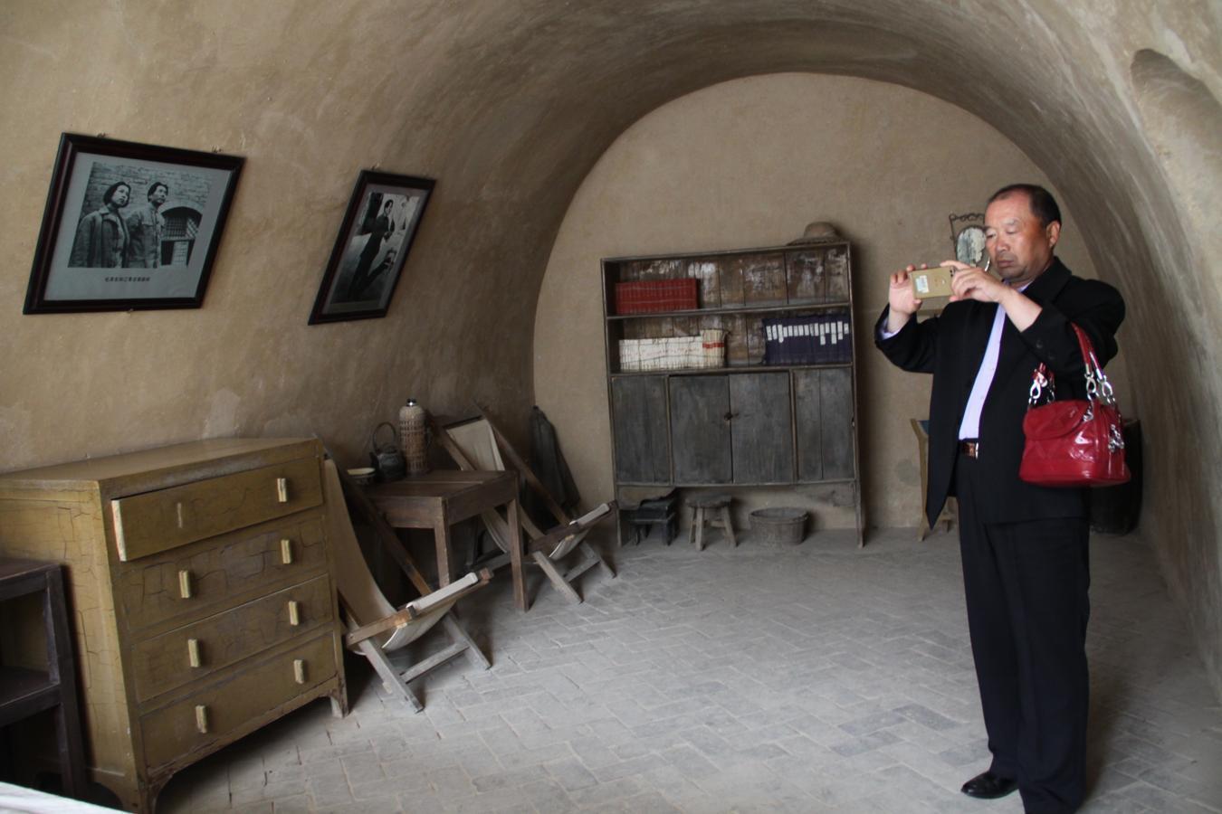 Entre 1938 y 1943, Mao Zedong vivió en esta cueva de Yangjialing, a las afueras de la ciudad de Yan´an, donde los guerrilleros comunistas tenían su base en la provincia de Shaanxi