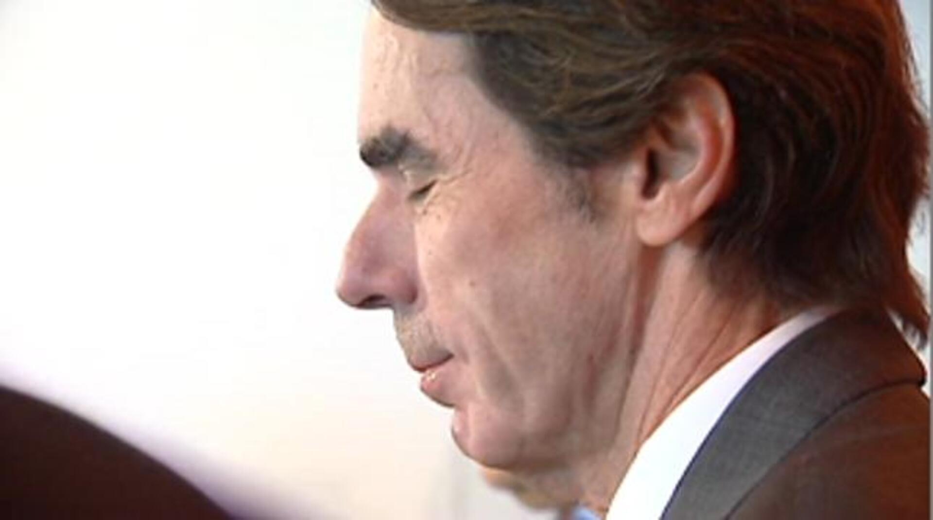 Aznar elude hablar sobre si participará en la campaña electoral