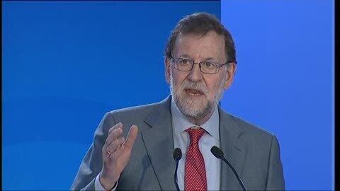"""Rajoy cree que el Gobierno alternativo de Sánchez va contra """"la razón y la voluntad"""" de los españoles"""