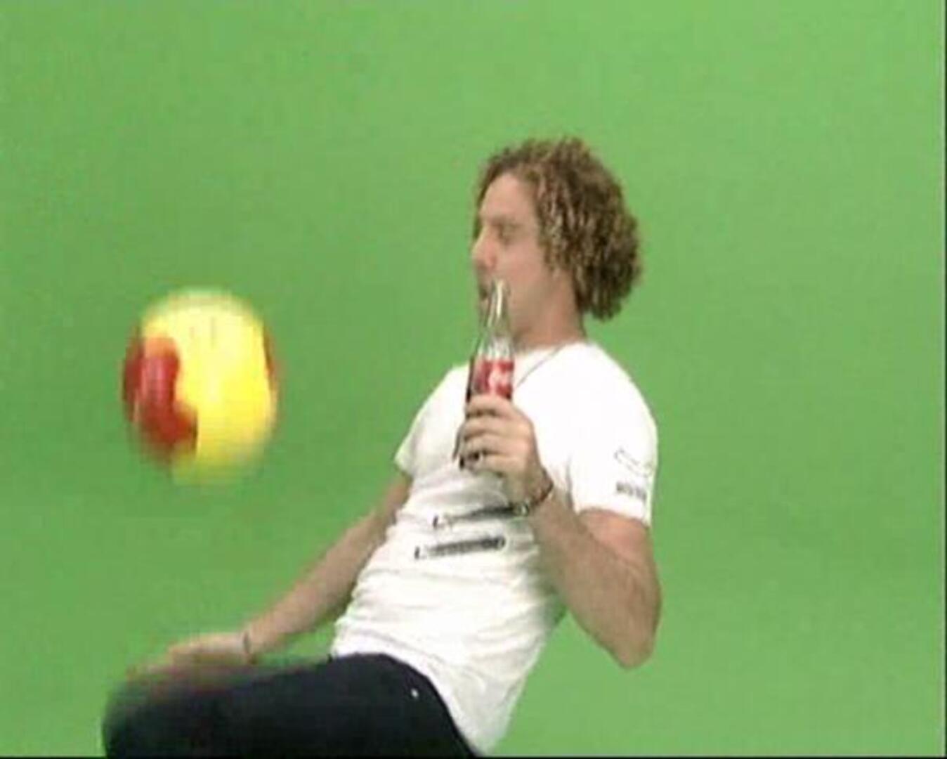david bisbal desea lo mejor a la seleccion espanola de futbol