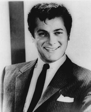 Tony Curtis, en una foto de 1959. Ha muerto de un paro cardíaco a los 85 años