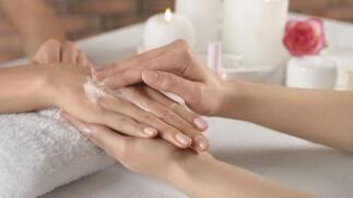 Exclusivo tratamiento de manos y pies